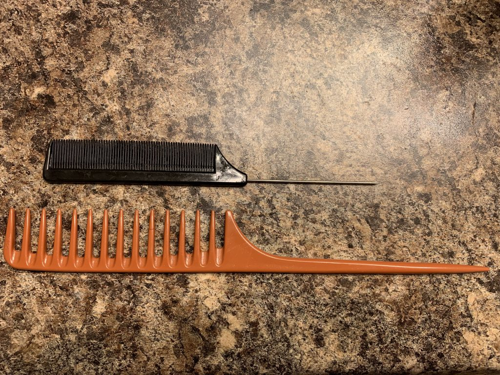 Rat tail combs